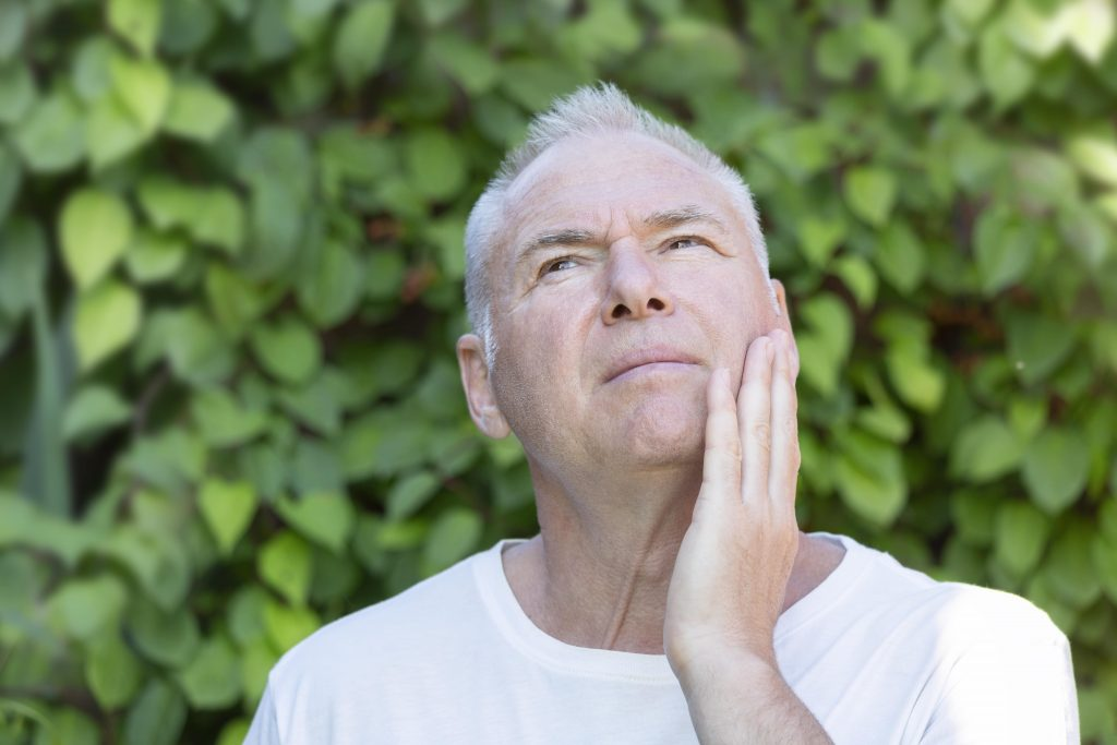 man in need of periodontal treatment orlando fl